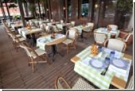 Ресторанам предложили разрешить курение на верандах