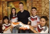 Игрок сборной Германии оплатит операции бразильским детям