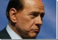 У подножия Везувия Берлускони ждут сто молодых неаполитанок