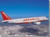 Угонщики турецкого самолета отпустили часть пассажиров