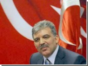 Министр иностранных дел Турции повторно выдвинулся в президенты