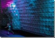 """Ученые и дизайнеры совместно создали """"живую"""" стену"""