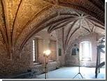 Новгородской Владычной палате вернули готический облик