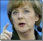 Меркель пугает Ахмадинежада санкциями