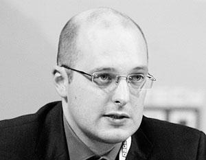 Михаил Ремизов: Рейтинг Путина нетипично высок