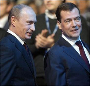 Эксперты: Отставка Медведева, возможно, готовится уже осенью