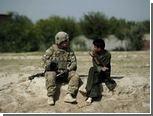 Афганский рабочий убил трех американских солдат
