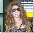 Прозрачный комбинезон Леди Гага парализовал аэропорт в Лондоне. ФОТО