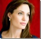 Перед очередной операцией Джоли решила родить
