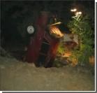 Под Луганском автомобиль упал в 20-метровый колодец. Видео
