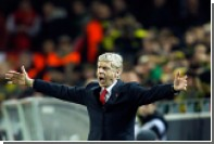 В главного тренера «Арсенала» бросили бутылкой