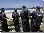 Австралийских полицейских отстранили от работы за забег голышом