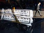 Неудачный прогноз опустил капитализацию Burberry на миллиард фунтов