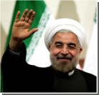 Президента Ирана в аэропорту закидали яйцами и ботинками