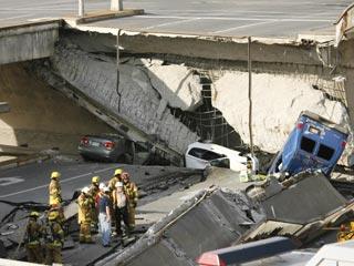 В Канаде в результате обрушения эстакады погибли пять человек