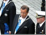 Новый президент Эстонии надел на себя символическую цепь