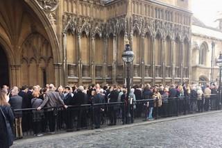 Депутаты британского парламента эвакуированы из-за пожарной тревоги