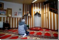 Сирийские беженцы пожаловались на порядки в немецких мечетях