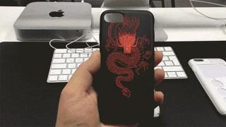 SPECTRE для iPhone 7. Чехол-призрак с подсветкой уведомлений
