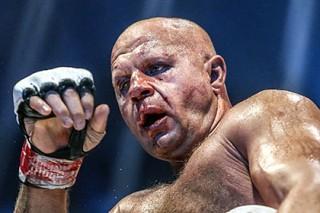 Федор Емельяненко опроверг информацию об отказе от боя с бывшим чемпионом UFC