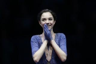 Российская фигуристка Медведева стала победительницей Skate Canada