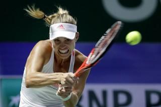 Первая ракетка мира Кербер проиграла в финале итогового турнира WTA