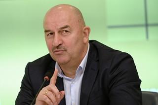 Черчесов рассказал о появлении в сборной России беременного футболиста