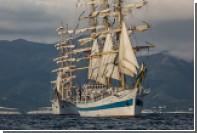 Российский фрегат «Мир» победил в регате больших парусников