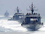 Южнокорейские моряки обстреляли северокорейскую шхуну