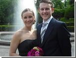 Влюбленная пара поженилась 85 раз за полгода