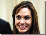 В венский аэропорт прибыла восковая Анджелина Джоли