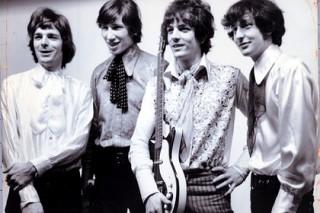 Выпущена неизданная ранее песня Pink Floyd