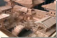 Китаец собрал миниатюру древнего храма из 15 тысяч палочек для еды
