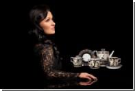 Анна Нетребко разработала чайные сервизы