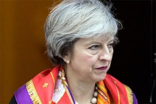 Тереза Мэй пообещала пересмотреть роль Британии в международных организациях