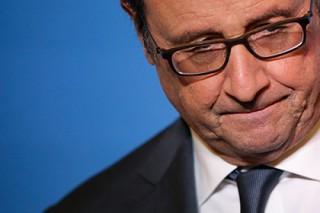 Французские депутаты передали Олланду проект резолюции о его импичменте