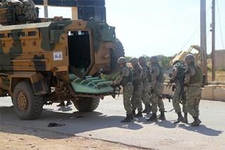 Турция начала переброску бронетехники к границе с Ираком