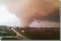 Опубликовано видео разрушительного торнадо в Италии