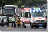 В Китае водитель внедорожника врезался в толпу людей и покончил с собой