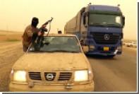 Боевики ИГ взяли на службу бородатые манекены и ввели в строй деревянные танки