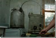 В Псковской области сняли наказание за изготовление самогона