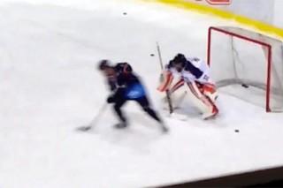 Бибер сыграл в хоккей в составе клуба КХЛ