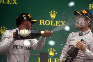 Хэмилтон впервые в карьере выиграл Гран-при Бразилии