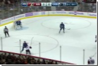 Канадский форвард попал в больницу после столкновения с россиянином в матче НХЛ