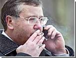 """""""Оранжевый"""" министр обороны Украины не будет уволен из правительства Януковича"""