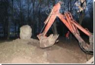 От СБУ требуют расследовать снос памятника УПА в Харькове