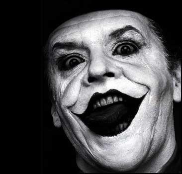 Клоуны шокировали детей стриптизом