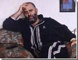 Певец Шуфутинский поскользнулся в Кольцово и сломал ноги / И теперь передвигается на инвалидной коляске