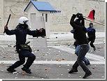 В Греции годовщину убийства подростка отметили беспорядками