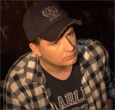Андрей Данилко превратился во вздорную Красную Шапочку. ФОТО